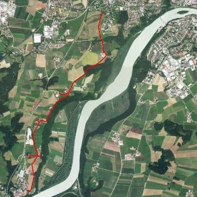 Ausschnitt aus dem Luftbild mit Lage der Leitungen