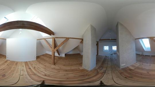 Design-Atelier im Dachgeschoss - Umweltfreundliche Dämmung durch Einblaszellulose Vorschau-Bild