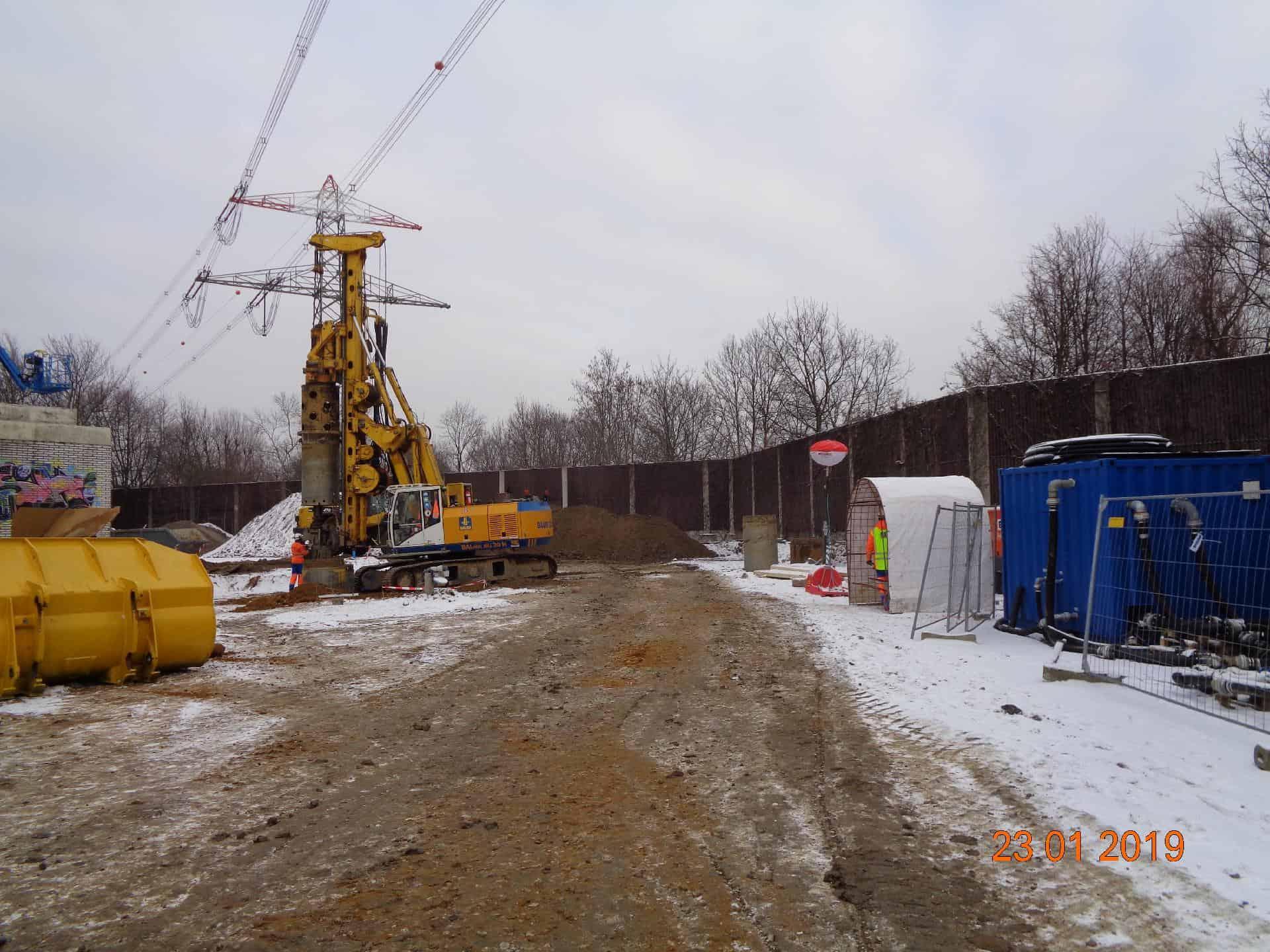 BAUER Resources GmbH Großlochbohrungen unter Starkstromleitung